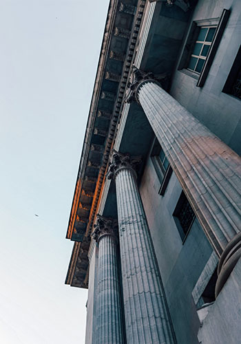 bank building photograph
